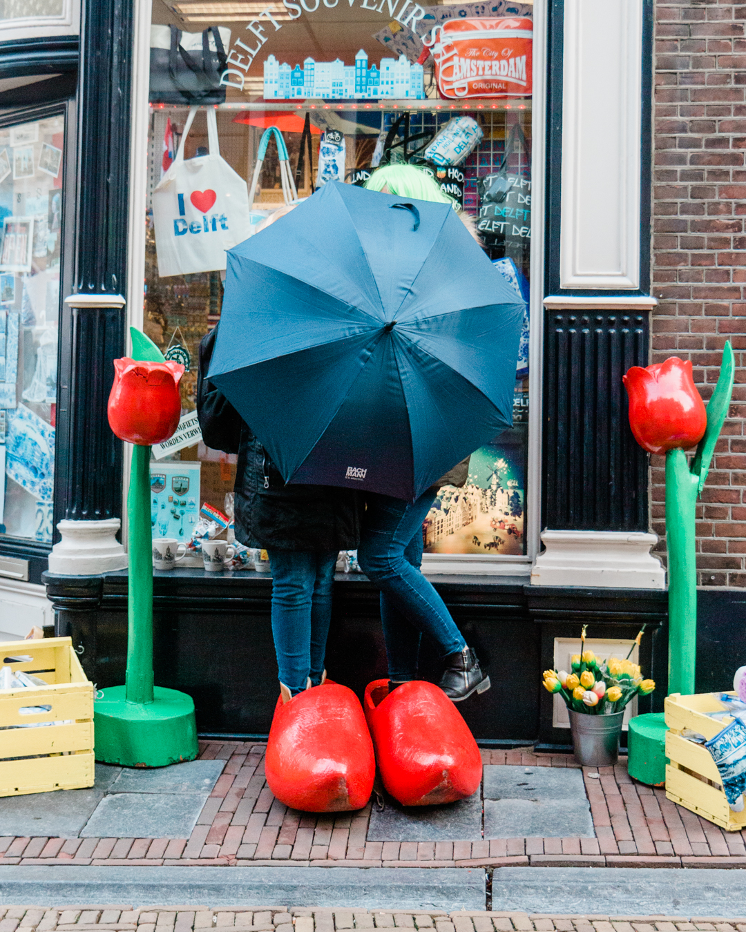 paraplu en klompen